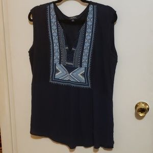 🆕️ listing! LUCKY BRAND embroidered top